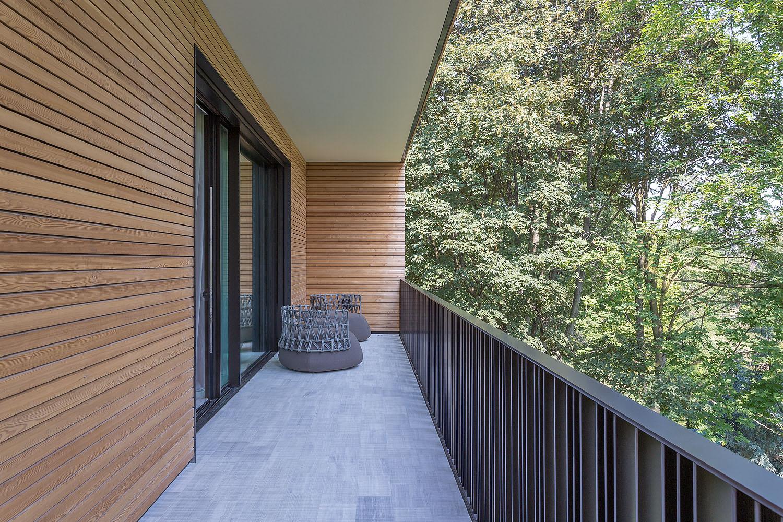 Villa prefabbricata interamente in legno monza brianza - Rivestimento terrazzo ...