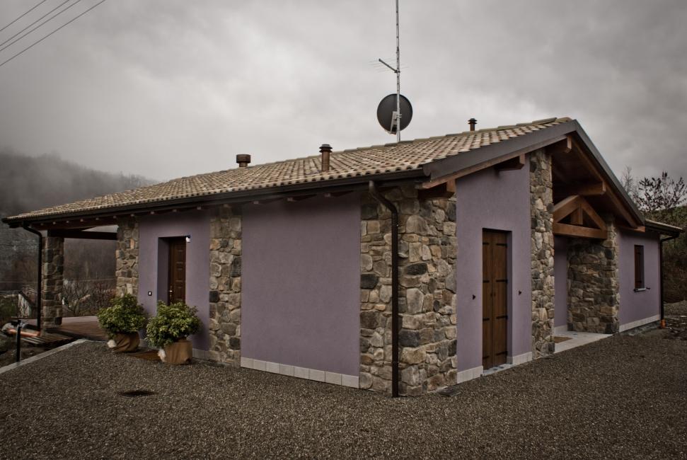 Casa prefabbricata in legno sistema xlam jove for Case in legno e pietra