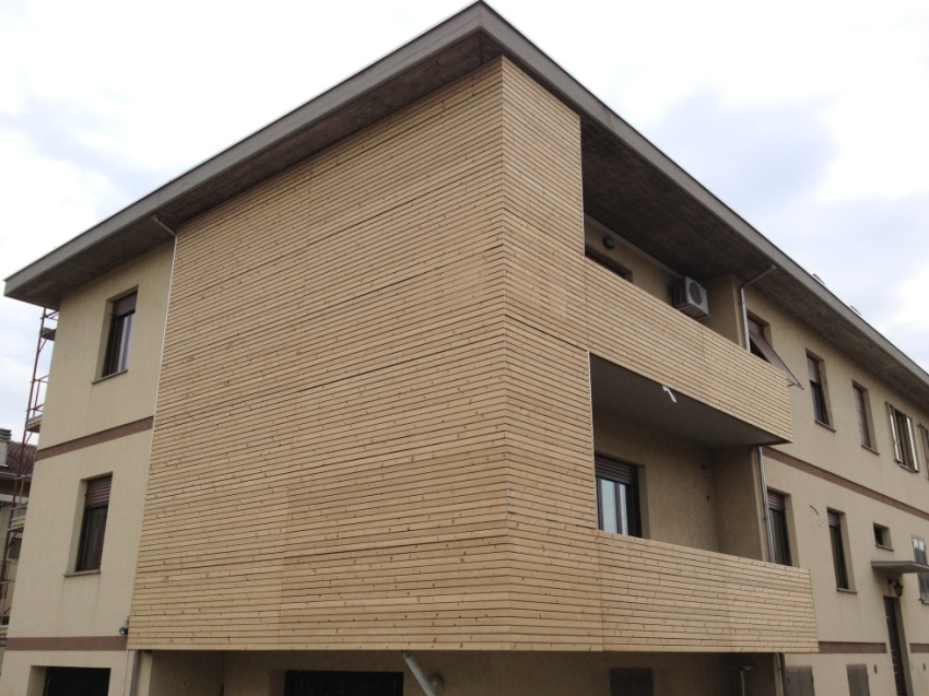 Rivestimento Esterno In Legno Per Case : Rivestimento in legno per esterno abete termotrattato jove