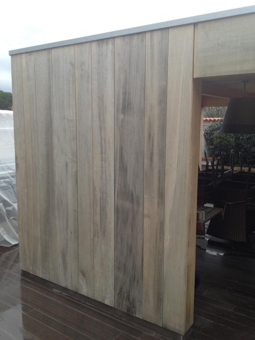 Casa prefabbricata in legno e rivestimento in pioppo jove for Rivestimento legno
