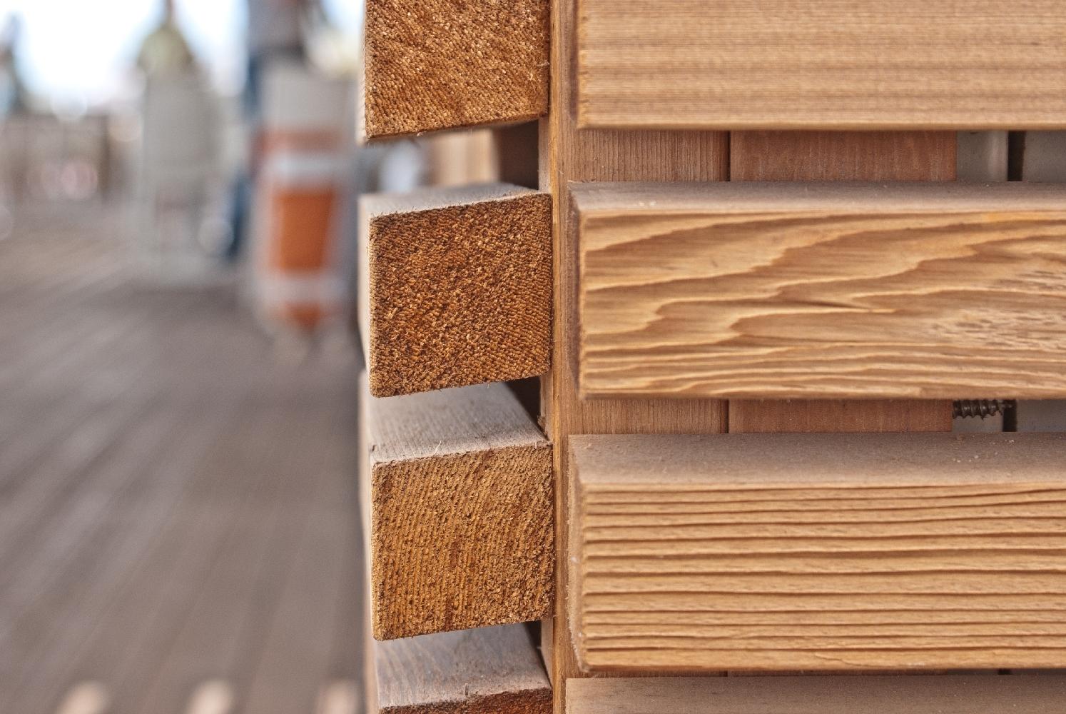 Rivestimenti in legno per esterno e facciate ventilate  Jove