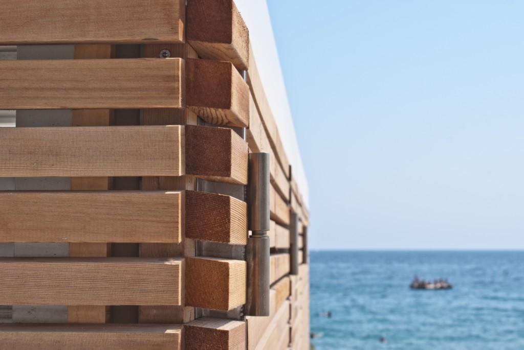 Rivestimento in legno di CEDRO ROSSO CANADESE Cannes 2015